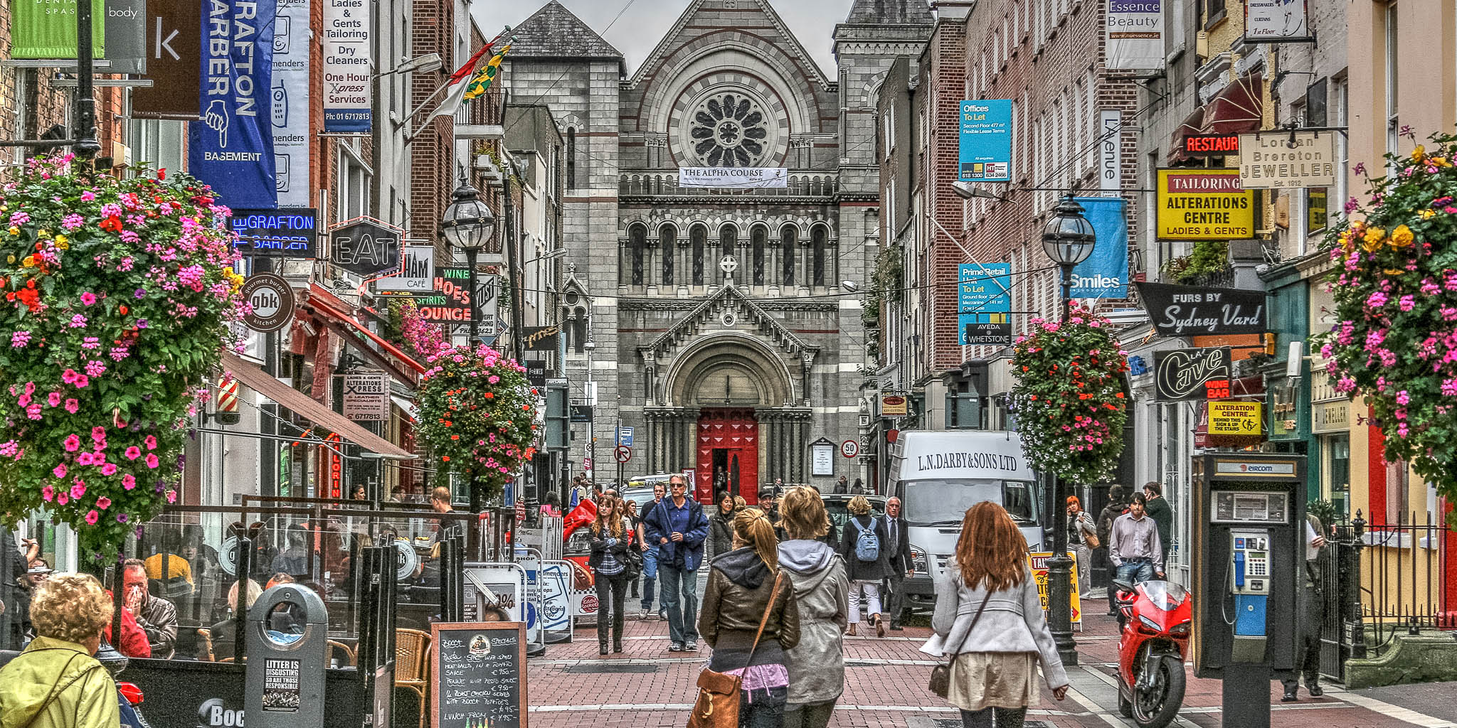 Shops Welcome Customers in Dublin City Centre as Ireland begins Phase Two